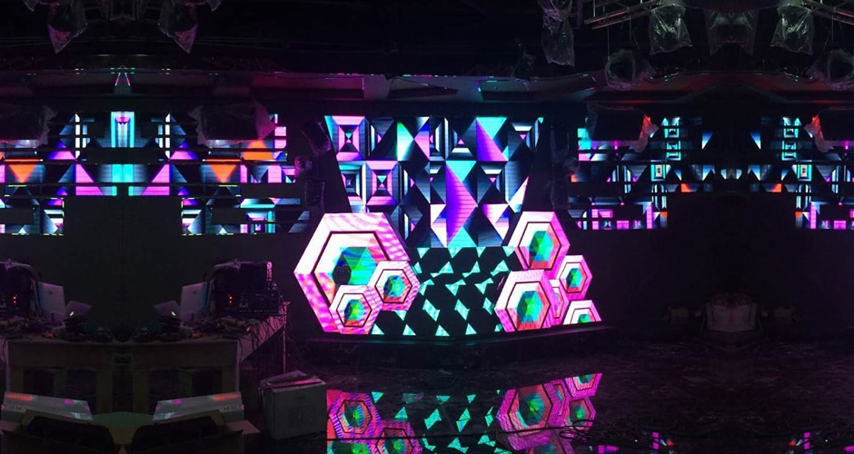 custom dj booth brings exclusive and stunning visual experiences