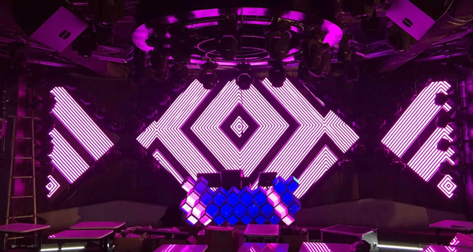 cube shape dj booth led screen