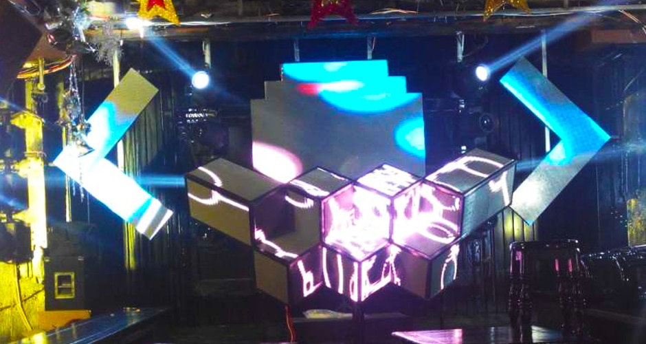 customized freeform style led dj booth