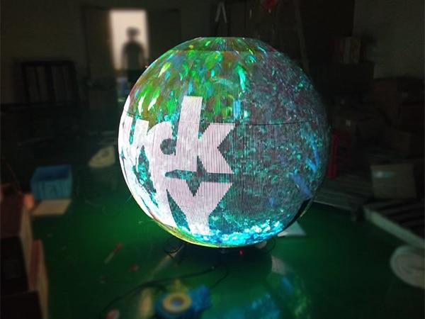 Transparent video ball
