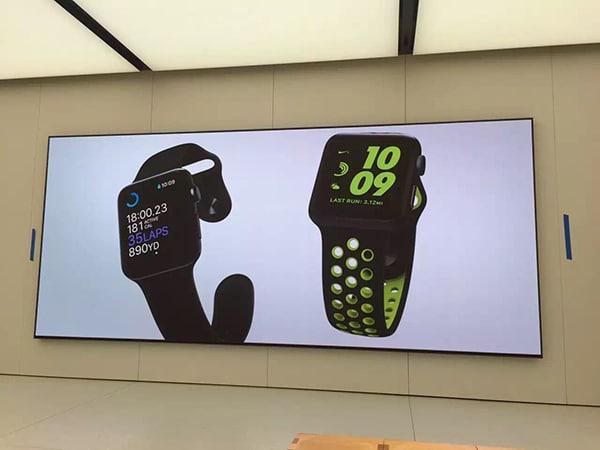 led digital signage in retail