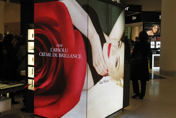 Creative led screen in retail